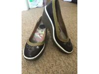 Beautiful Fly of London shoes feel free to message with any questions