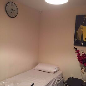 Fully Furnished studio for rent short term or long