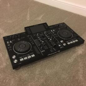 Pioneer XDJ-RX All-in-One DJ Controller System
