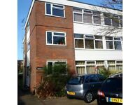 Hatch End Pinner- 1 Bed Flat to rent Private residential block.Superb Condition-3 minutes High St