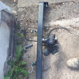 Tow bar for a ford Galaxy