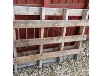 Wooden pallet free to uplift