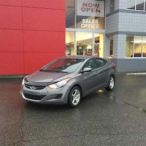 2012 Hyundai Elantra GL at One Owner No Accidents ! Comox / Courtenay / Cumberland Comox Valley Area image 1