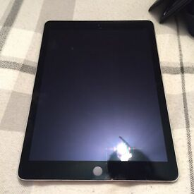 iPad Air 2 space gray
