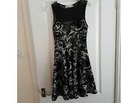 Cameo Rose black and white skater dress. Size 8. Fits 8-10