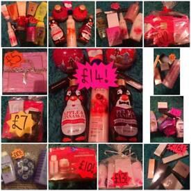 Avon: Cosmetic, Skincare & Perfume Bundles