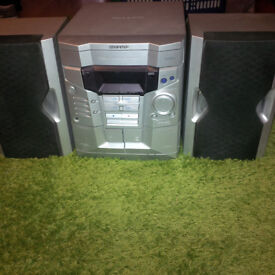 Sharp HiFi 3 disc changer CD-R/RW playable, 2 cassettes (recordable) with remote