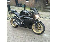 YAMAHA YZF R125 2011 Black&Gold TAX,MOT serviced, ready to ride
