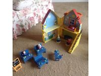 Peppa pig house and school.