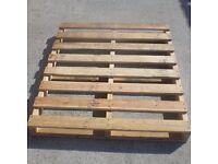 Free wood palettes