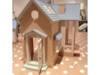 Sylvanian Families BLUEBELL Cottage - riverside lodge with fire