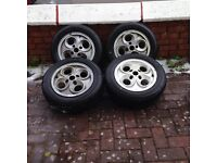 Ford clover leaf alloy wheels