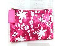 AUTHENTIC Estee Lauder MAKEUP BAG PINK w/ FLOWERS NEW & UNUSED