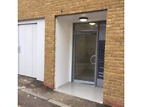 MODERN 5 BEDROOM FLAT AVAILABLE NOW WITH NO DEPOSIT NEEDED!!!!
