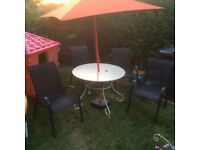 Garden set table chairs