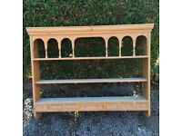 Pine plate/display rack