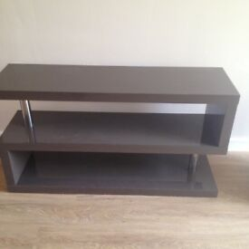 Media tv unit & 2 side tables
