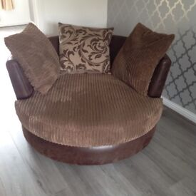 Snuggle/swivel 2 seater spinning chair!