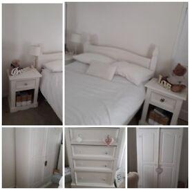 Shabby chic beautiful bedroom furniture ..