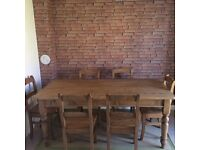 Antique pine reclaimed wood 6 seater dinning room table bought at Xmas for £1200