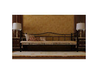 BargainSet - Beautiful metal frame bed with new luxury foam/sprung mattress