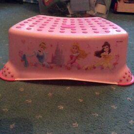 Girls potty and step