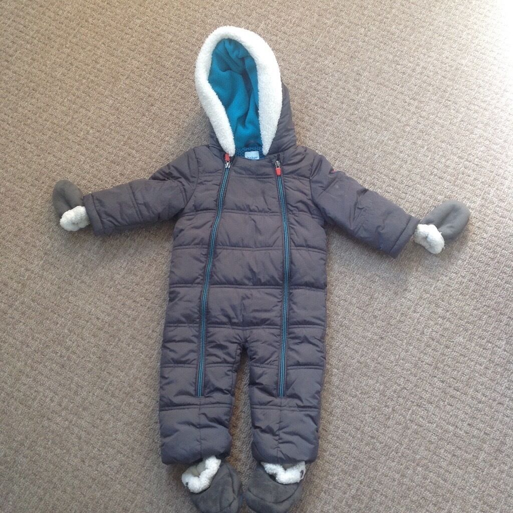 Ted Baker snow suitin Preston, LancashireGumtree - Ted Baker snow suit 9 12 months Excellent condition From smoke and pet free home Collection only