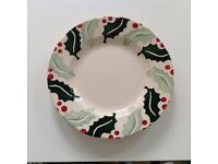 Emma Bridgewater Holly and Berry 8.5' plate, perfect condition