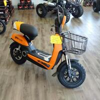 NEW 2015 GIO Rogue E-Scooter!! Cool New Look!!