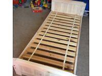 Childs small!!! Single white wash bed no mataras