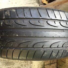 Dunlop sport Tyre 245 45 18