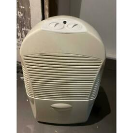 Dehumidifier large storage 2L