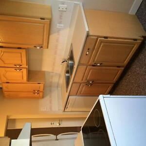 Move In Today! Newly Renovated 2 Bedroom Lower Level Suite!