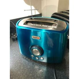 Breville toaster in green