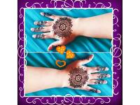 Henna design artist