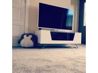 """Panasonic 42"""" LCD Smart TV (TX-L42E6BW)"""