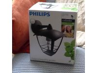Phillips myGarden outdoor wall light, barely used