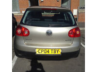 Volkswagen Golf 2004 1.6 fsi MK5. ( 12 months Mot)