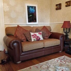 3 2and 1 suite excellent condition