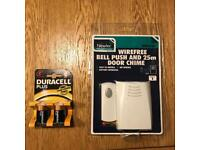 Wireless door bell with batteries