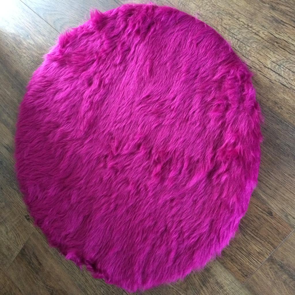 Round Fluffy Nursery Kids Rug In Purple Pink Brand New