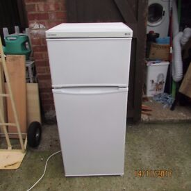 FRIDGE FREEZER BY INDESIT GOOD CLEAN CONDITION