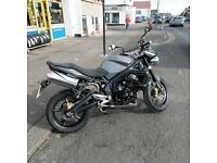 TRIUMPH STREET TRIPLE R 2009 ONLY 7,500 MILES 2 OWNERS