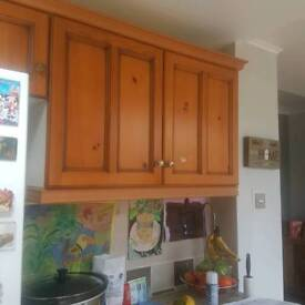QUANTITY OF KITCHEN CABINETS