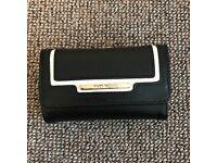 RiverIsland Black and White small purse