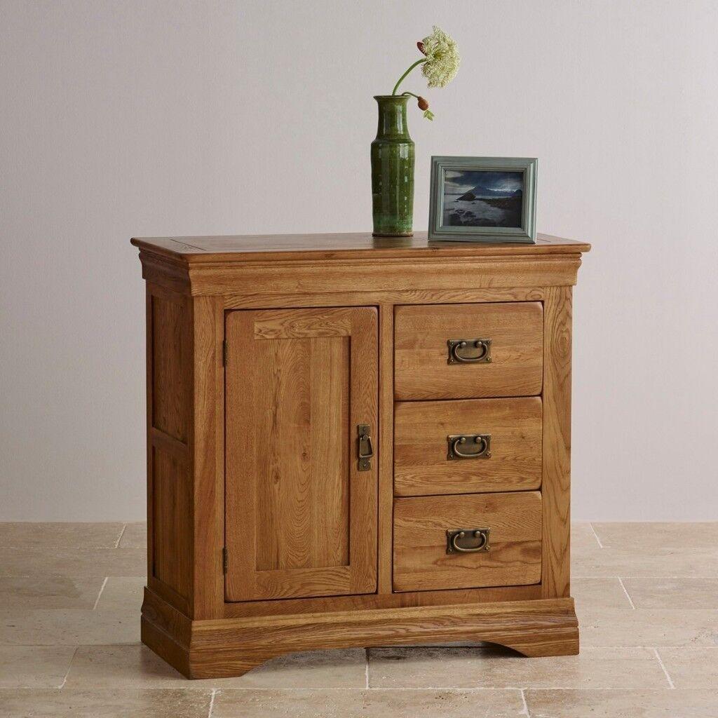 Oak Furnitureland Solid Oak living room furniture, cupboard coffee ...