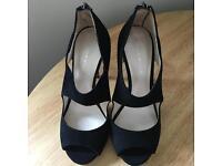Ladies Karen Mullen suede shoes - brand new