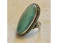 Vintage Malachite / Jade / Peridot ? Green Stone 925 Sterling Silver Cocktail Dress Ring UK Size K