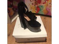 Topshop loud platform heels black silver Size 4