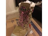 Superdry eiger ladies/girls boots